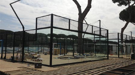 Preparation and installation of padel courts for the WPT 2016 stage in Rome for Officine del Padel.